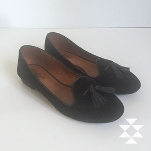 Classic Black Suede Tasseled Loafers 6M